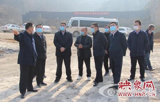荥阳市贾峪镇:矿山修复治理正当时,覆土绿化显成效