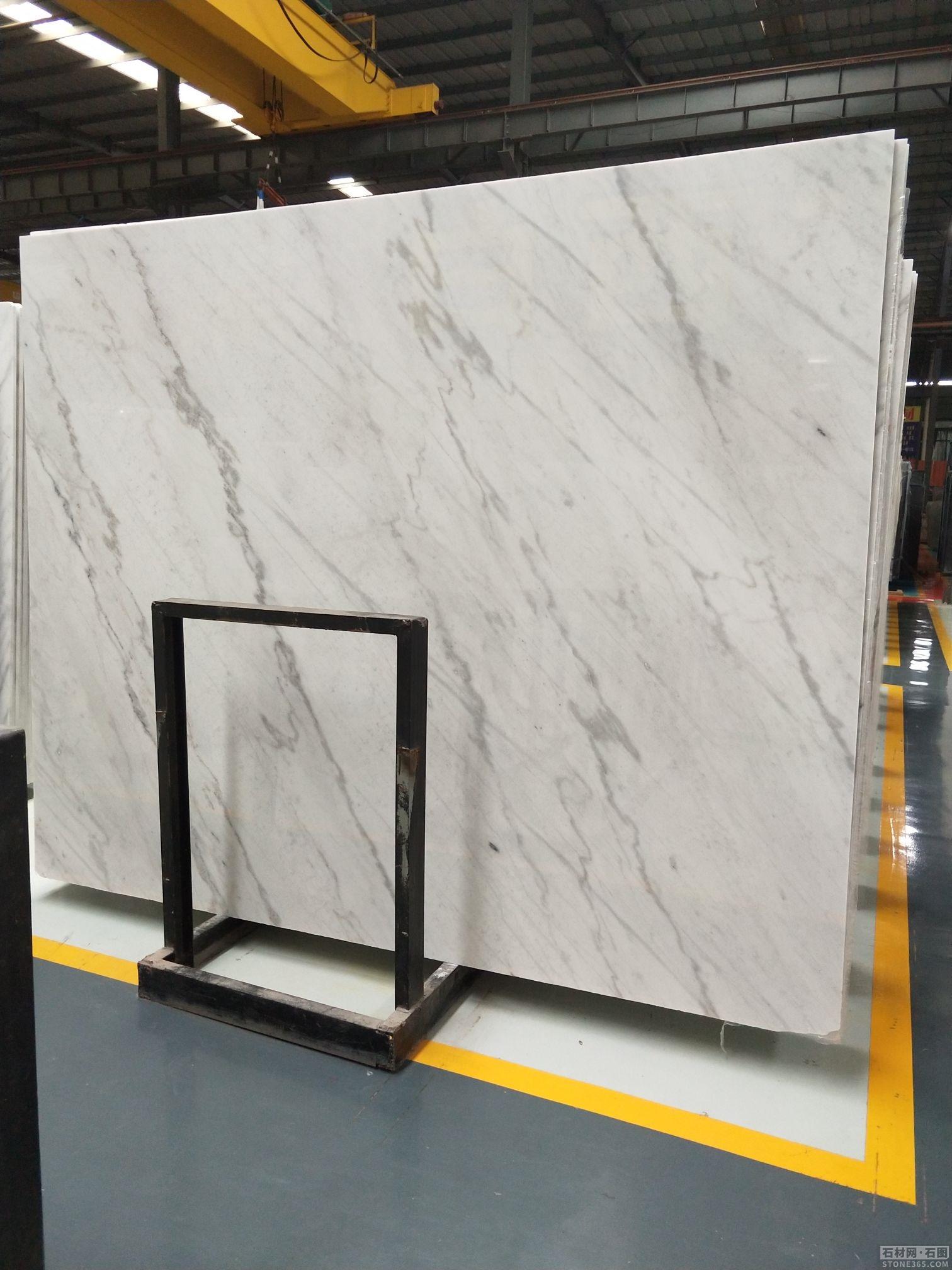 求购:尺寸:60*60*2cm, 白色通体大理石或者是底部复合瓷砖的,数量; 20000平方米,目标价:110元每平方米以内。谁家有这种材料的,敬请加本人微信:15359329811;并发产品图片,报