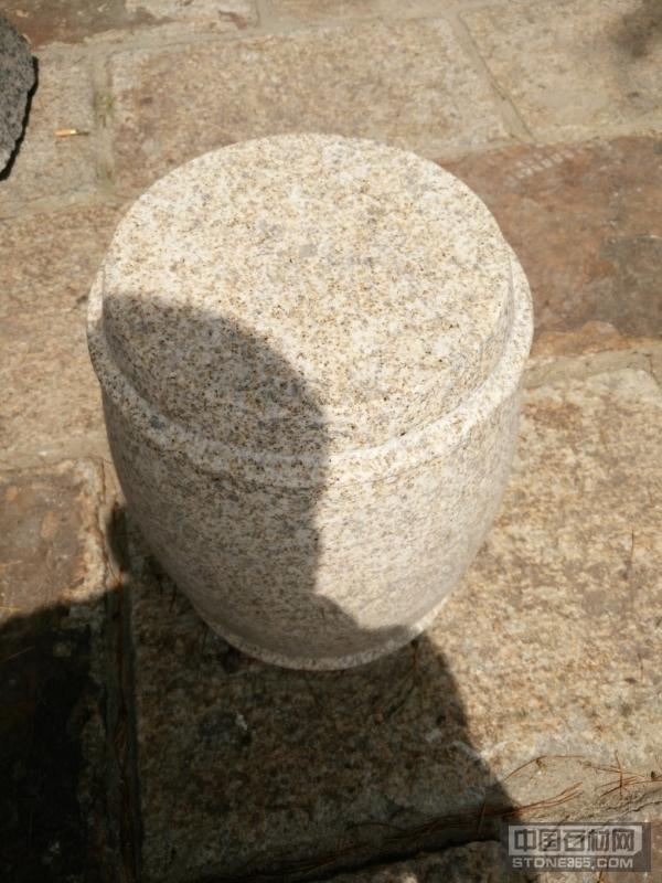 黄麻石鼓凳