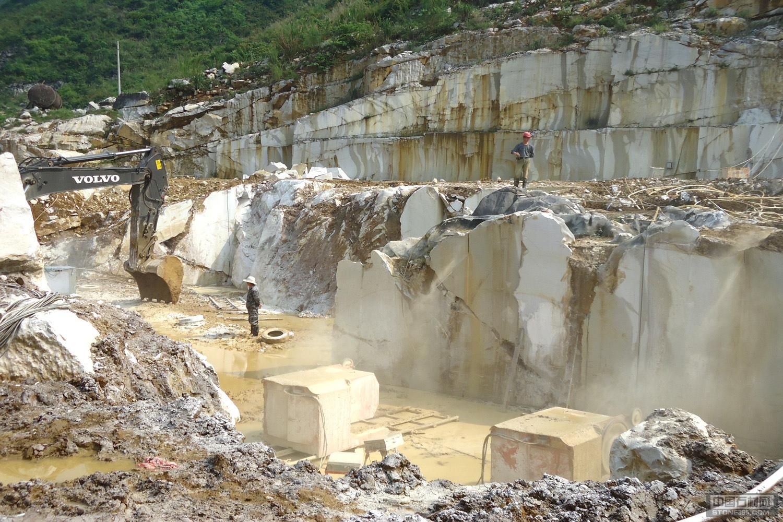 灰姑娘石材矿山企业