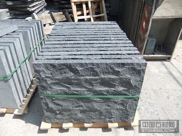 福鼎黑G684自然面石材料