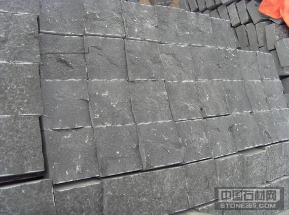 蒙古黑小方块