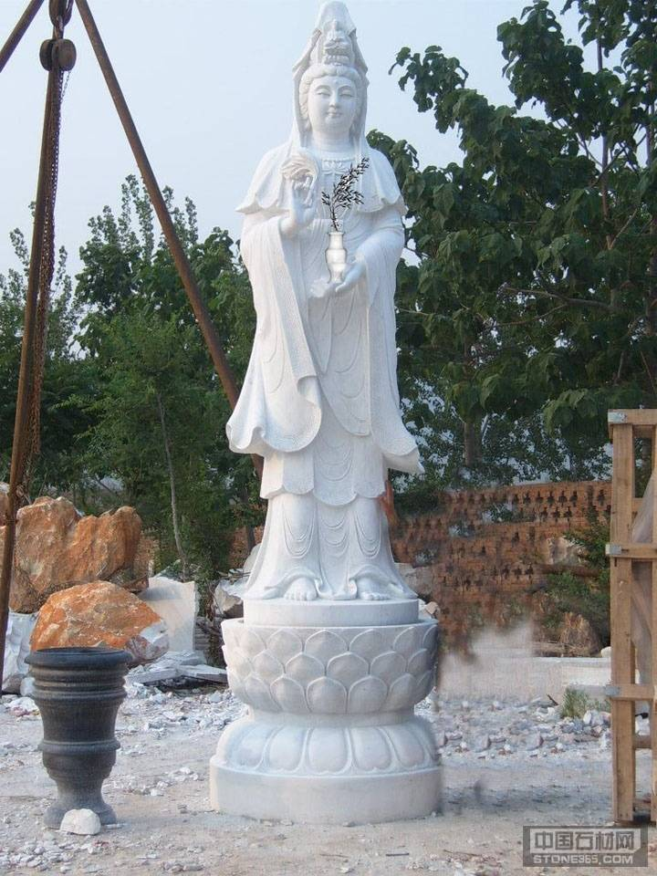大型观音石雕