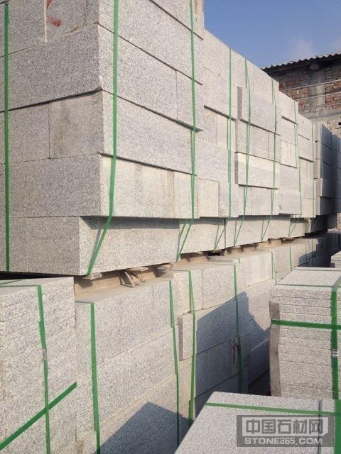 江西603芝麻白石材侧石