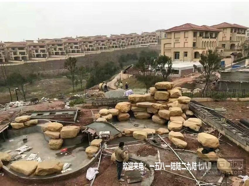 园林常用石材 广东黄蜡石厂家