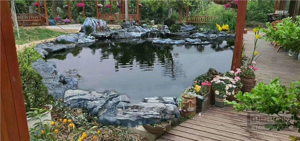 庭院�~池假山