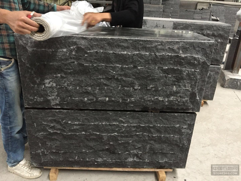 蒙古黑中国黑自然面石凳