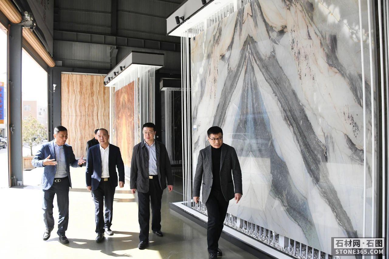 汪国兵调研麻城石材产业园疫情防控作业