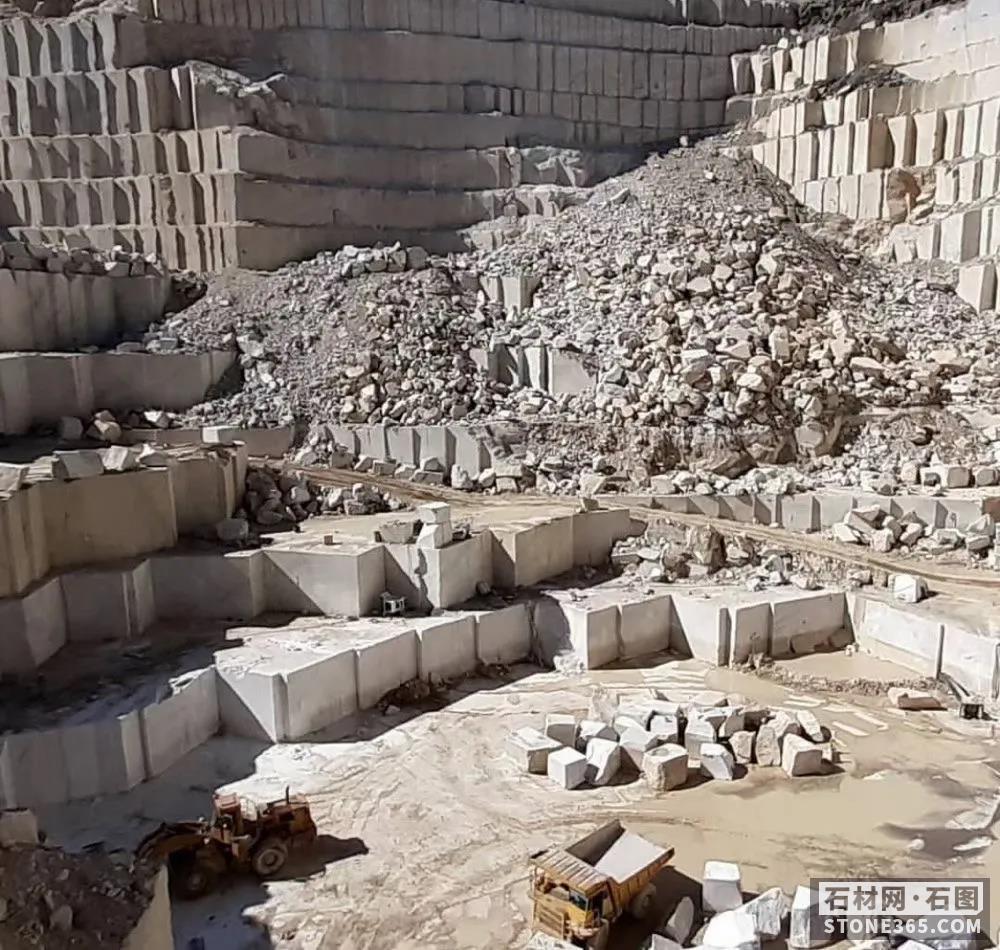 """未有收入亏本扩展,汉隆集团一座花岗岩矿山讲""""未来"""""""