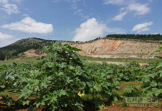 汶上县11家石材加工企业整改检验经过并公示。山东锈石正常出产