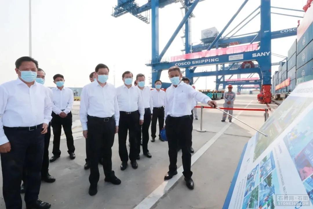 武汉阳逻世界港水铁联运项目开港通车,麻城石材工业将跑出加速度