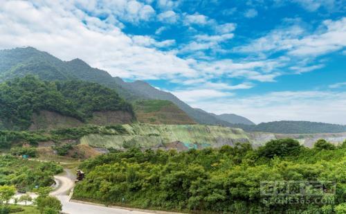 杭州市富阳区推动省级绿色矿业开展示范区建造作业获市领导批示