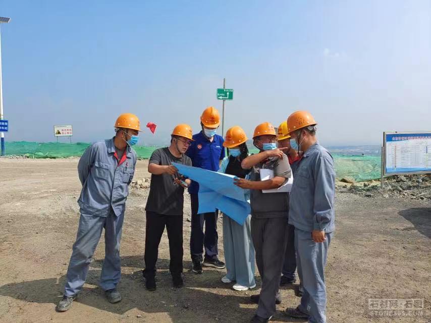 全方位体检,山东省济南市应急局展开露天矿山安全隐患确诊式查看