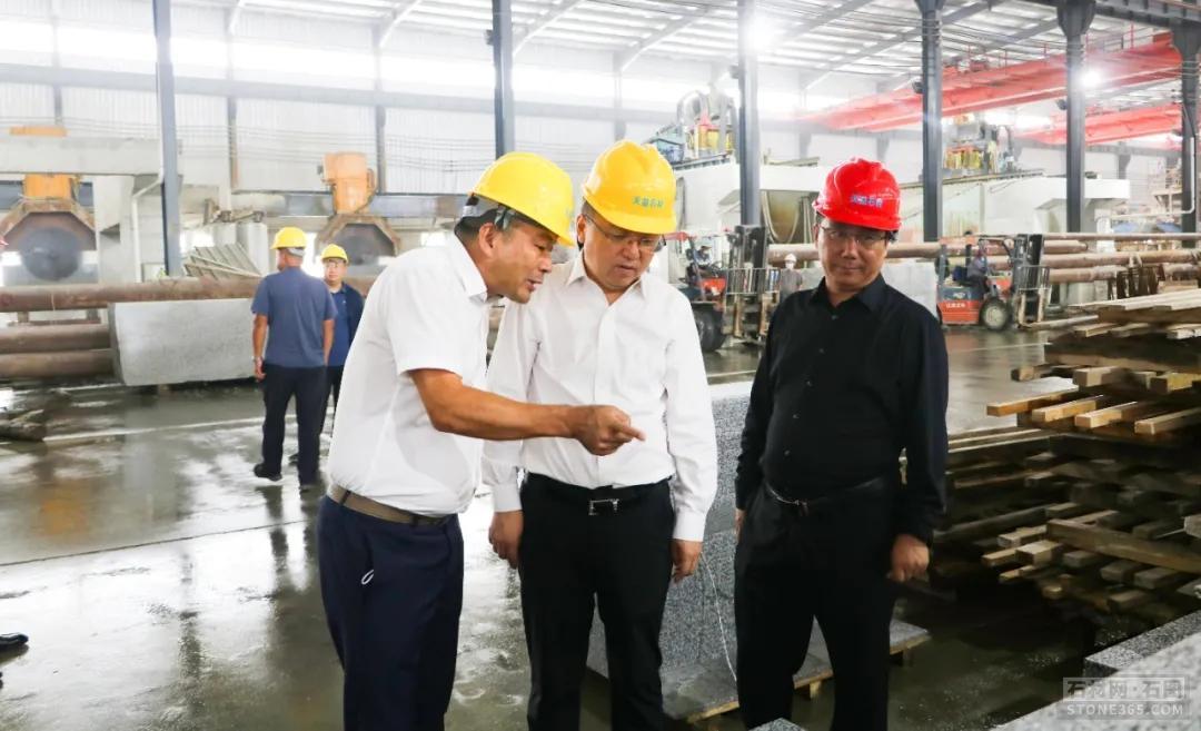 江西石城:依托科技立异引领矿山机械工业高质量开展的实践与考虑