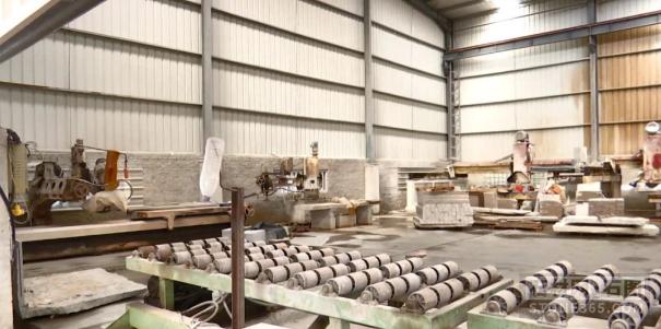 该地为推动石材职业高质量开展,八天内撤除企业违建3216平方米!