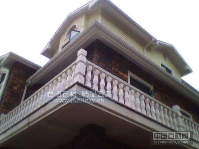 别墅阳台室外装修 汉白玉大理石石材栏杆 汉白玉罗马柱宝瓶柱子