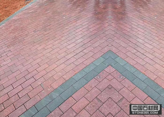 人行道地铺砖