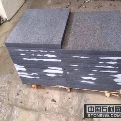 芝麻黑火烧面板材