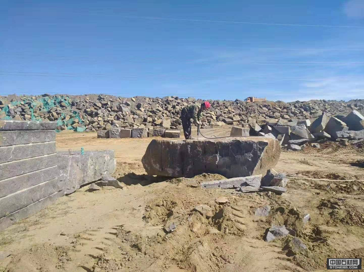 蒙古黑自有礦山