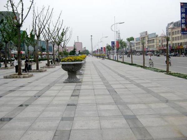 山东锈石广场地铺案例