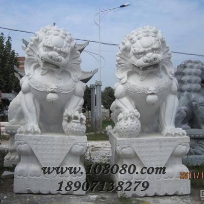供应汉白玉石狮子/武汉石狮子