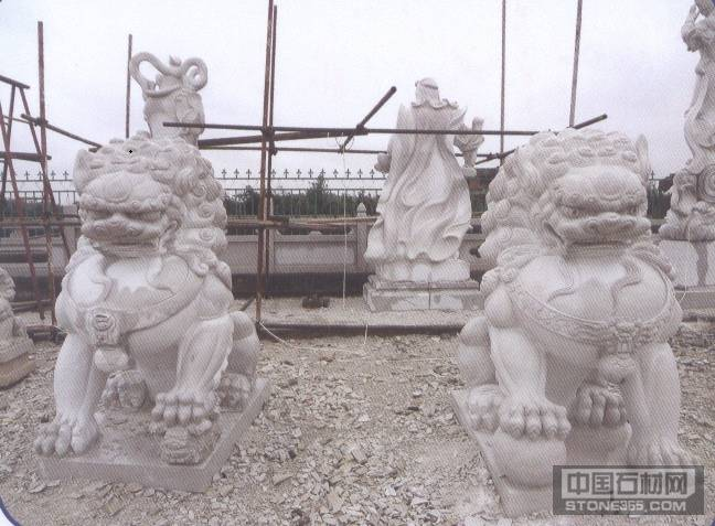 青石狮子雕刻