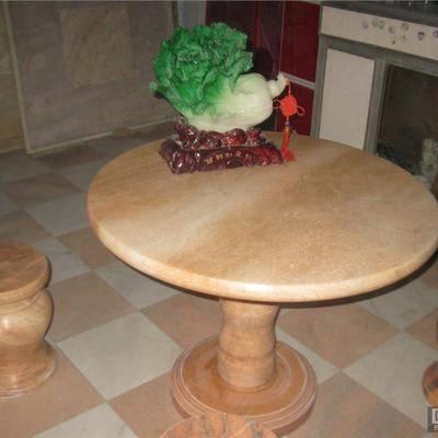 大理石餐桌好吗请看餐桌4大优点