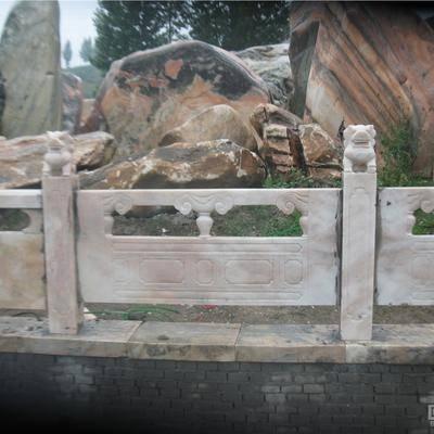 河南晚霞红栏板供应商