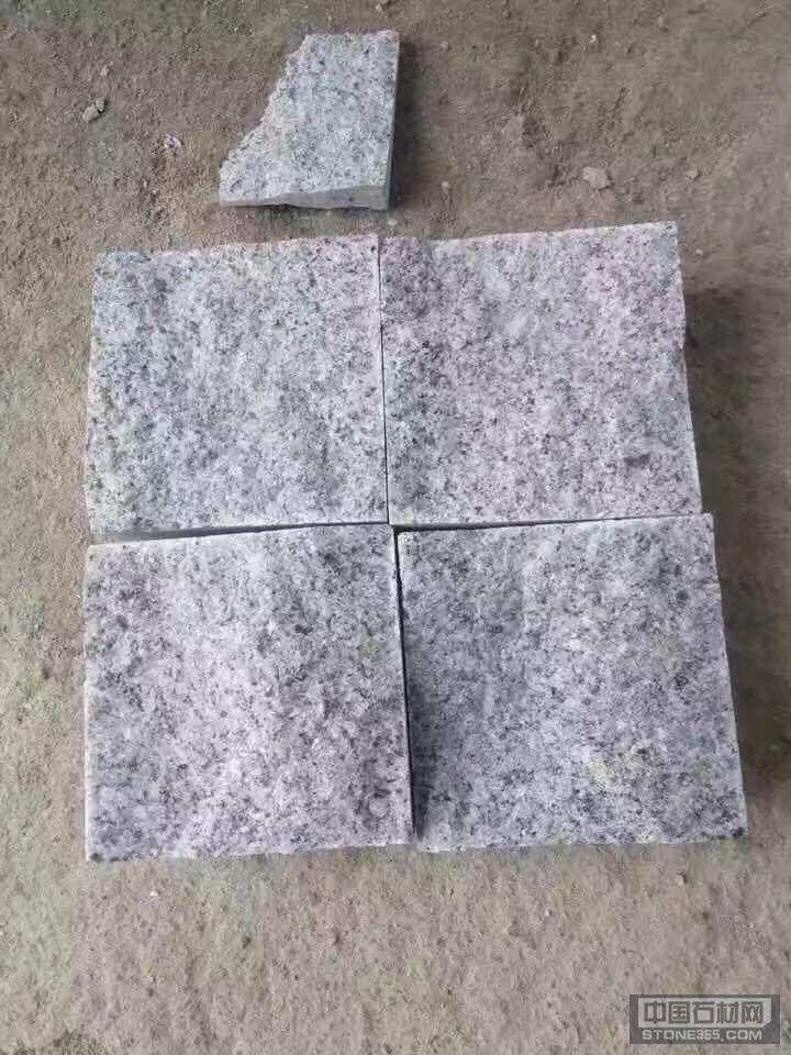 芝麻白自然小方块