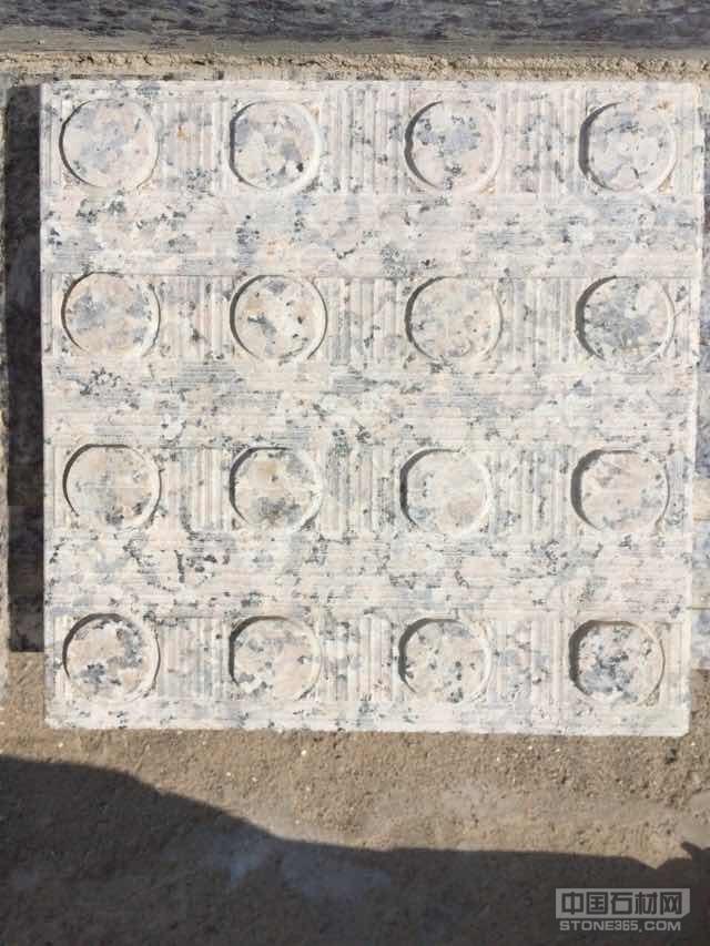 金钻麻盲道石-提示砖