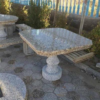石材方桌金钻麻