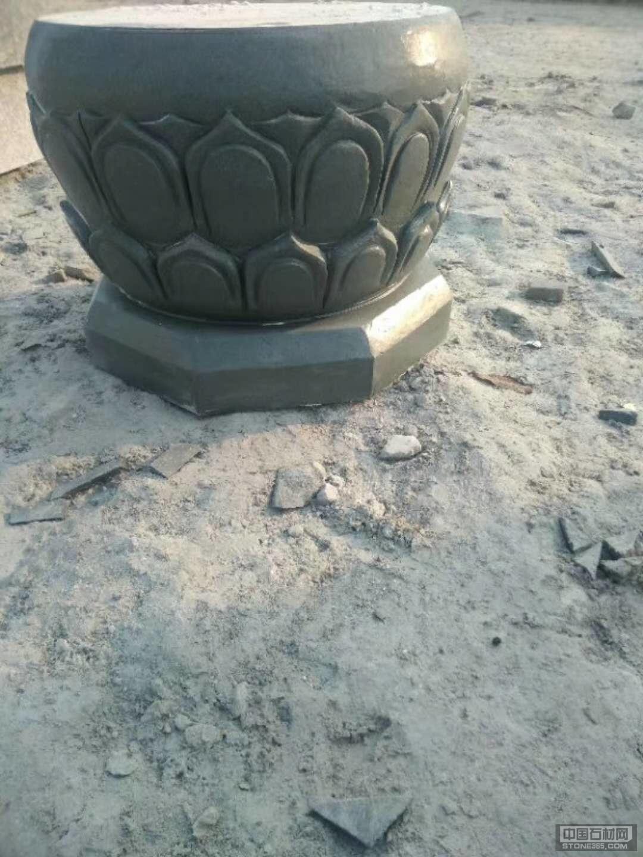 青石雕刻石墩