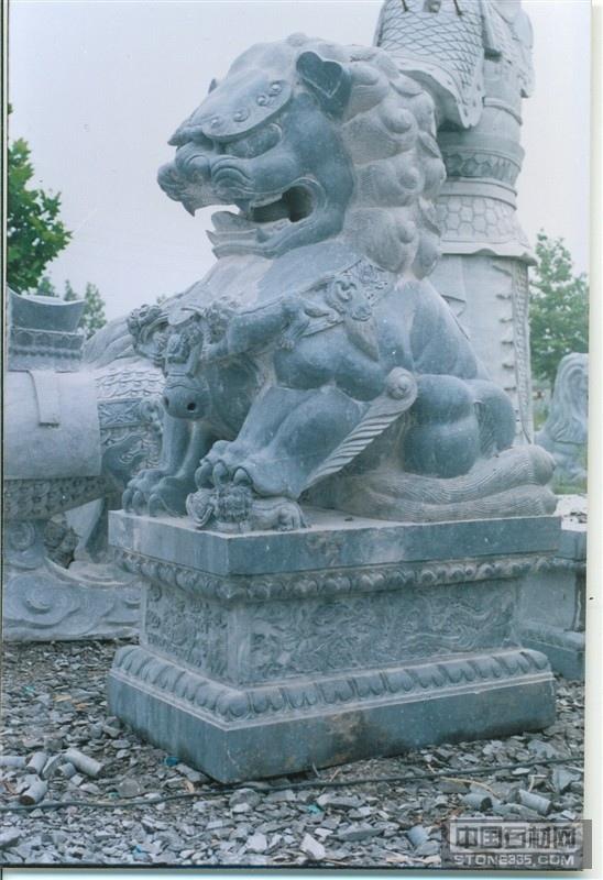 供应石雕狮子 石材狮子 青石狮