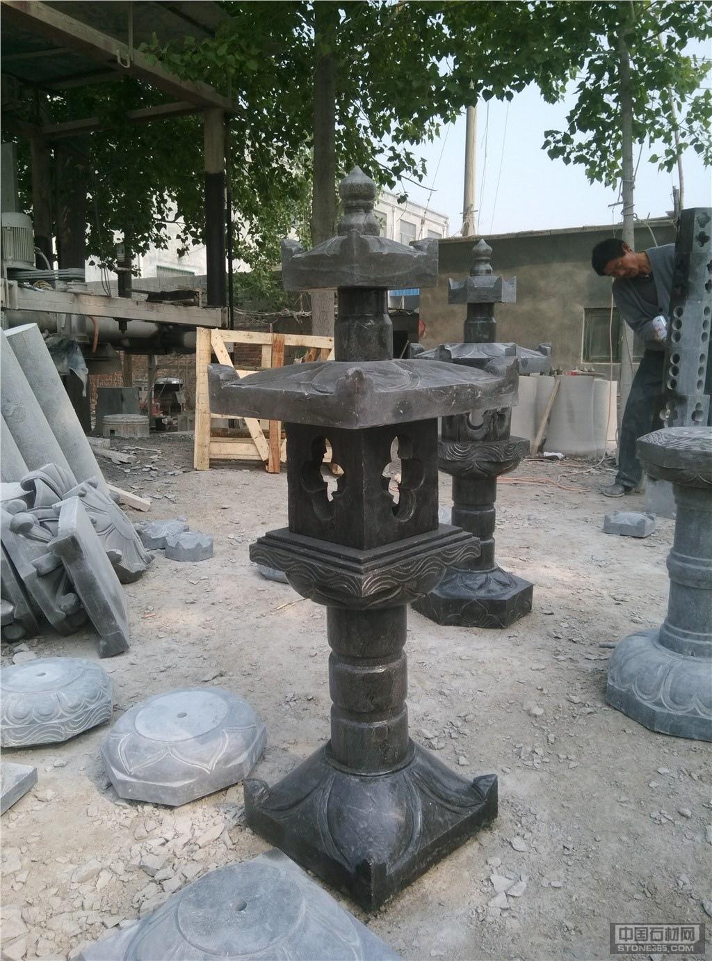 供应青石灯塔,柱墩