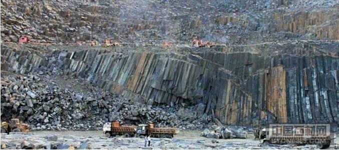 福鼎黑G684矿山