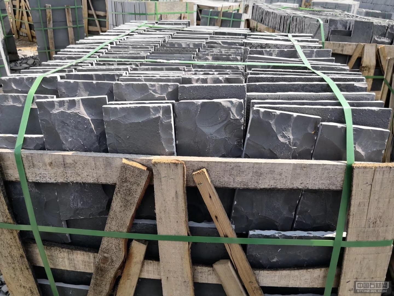 大量供应蘑菇石