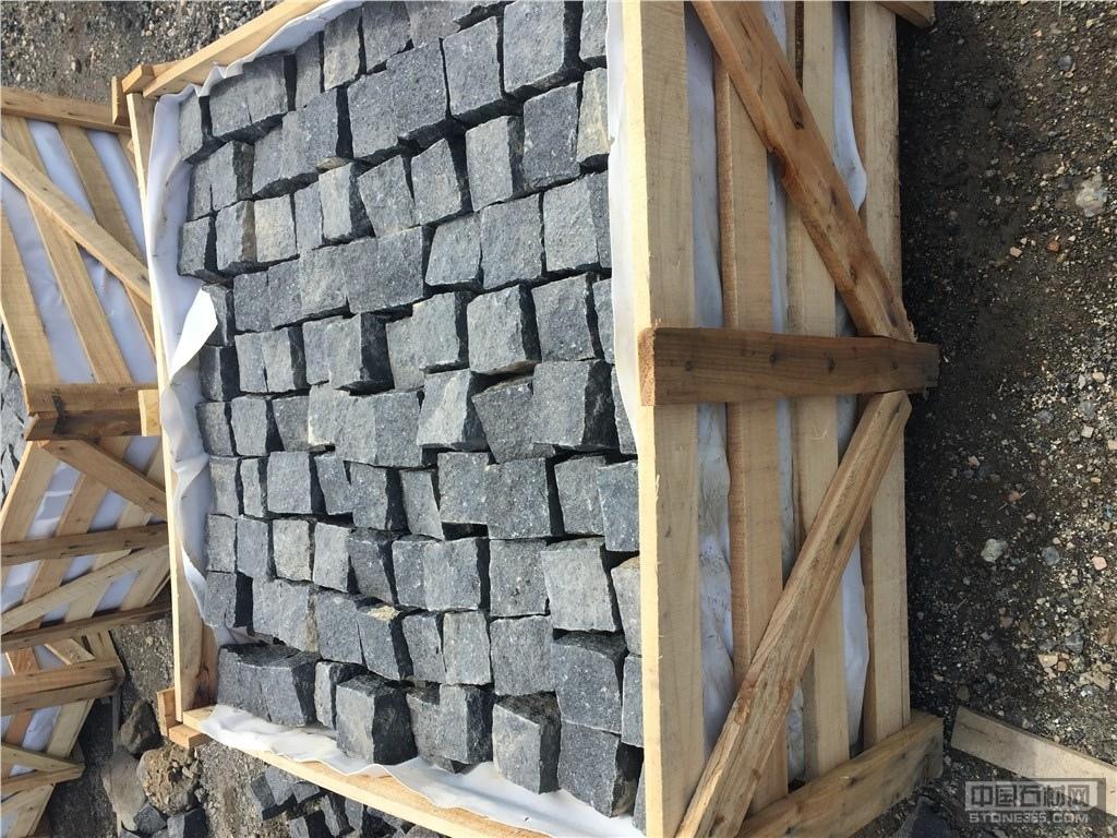 供应G684福鼎黑自然面石材