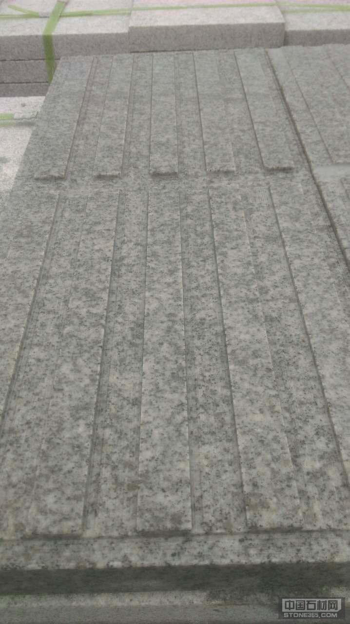 芝麻白沟槽板