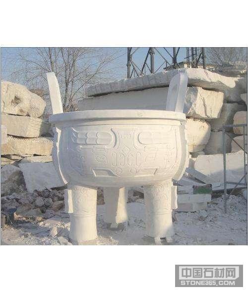供应石雕香炉雕刻青石大鼎加工