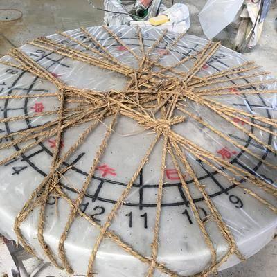 广西白石雕日晷