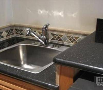 厨房水池台面