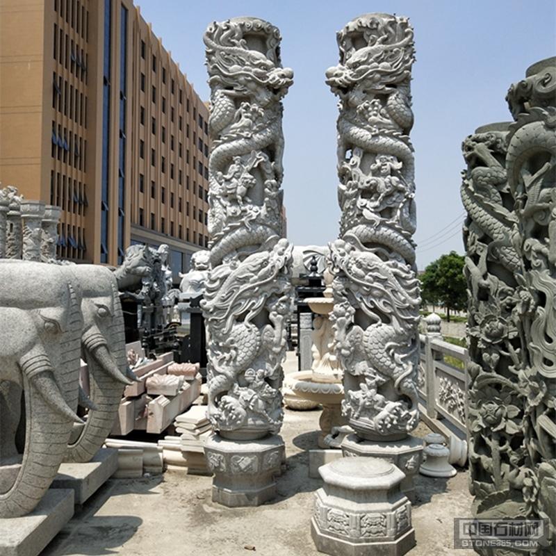 寺庙广场建筑青石浮雕龙柱