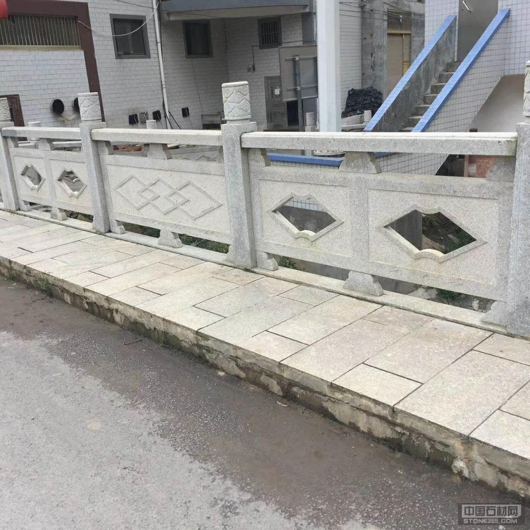芝麻白石材雕刻栏杆