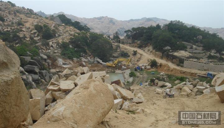 莆田黄锈石矿山