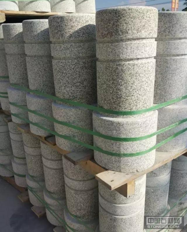 芝麻白石柱