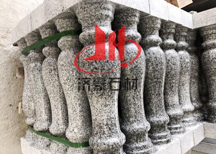 芝麻白花瓶柱