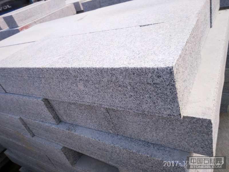 江西白麻专业路沿石生产厂家