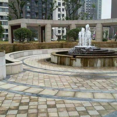 公园地面小方块