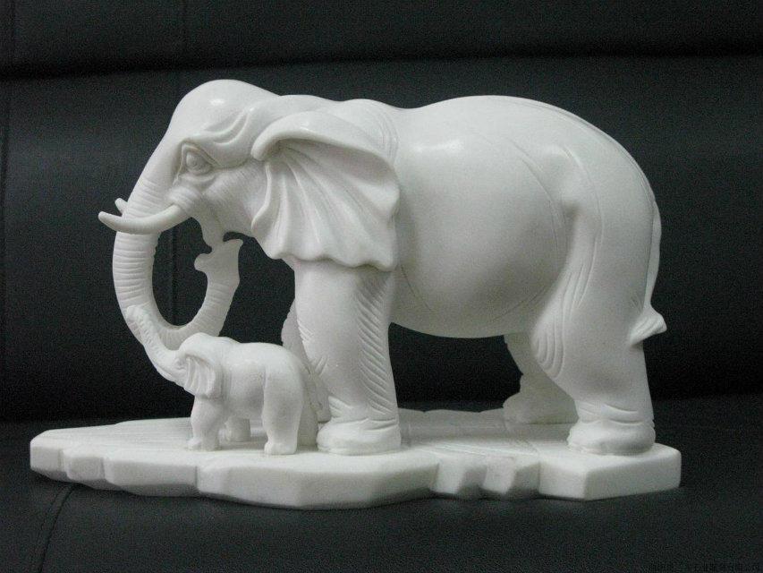 汉白玉大象雕塑