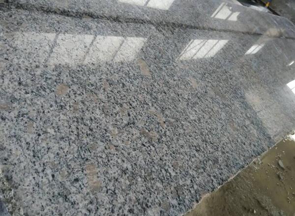 山东珍珠花石材厂家珍珠花抛光板
